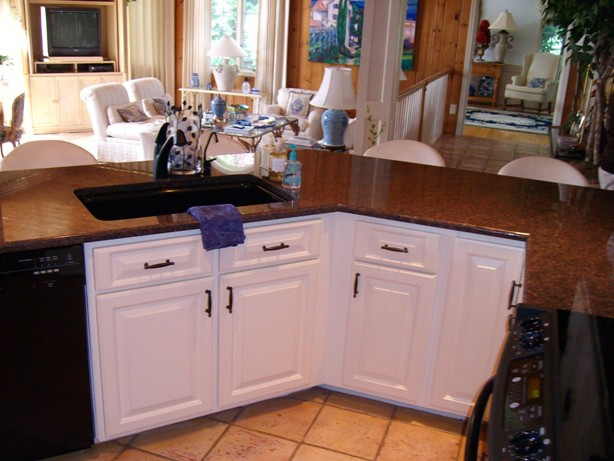 Refacing kitchen for a low cost dramatic improvement